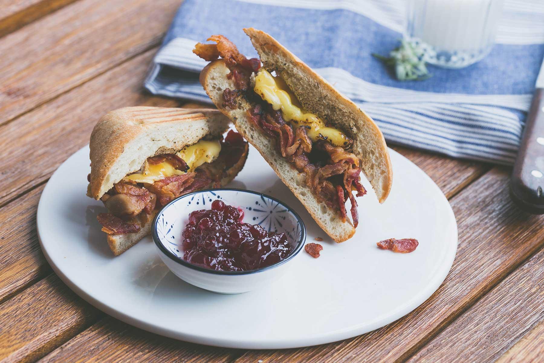bacon_sandwich.jpg